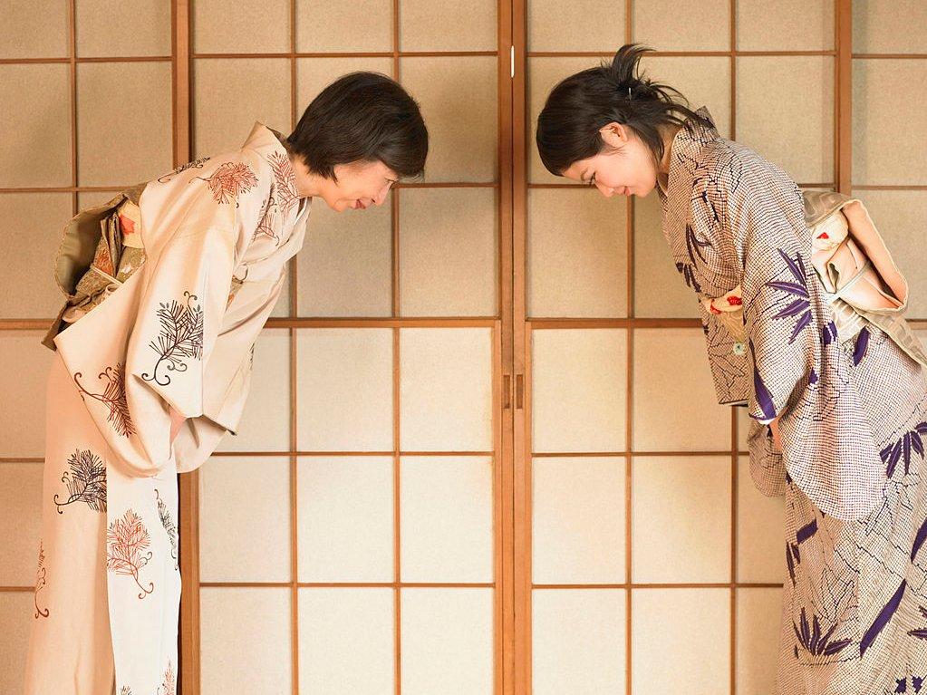 Поклон в Японии