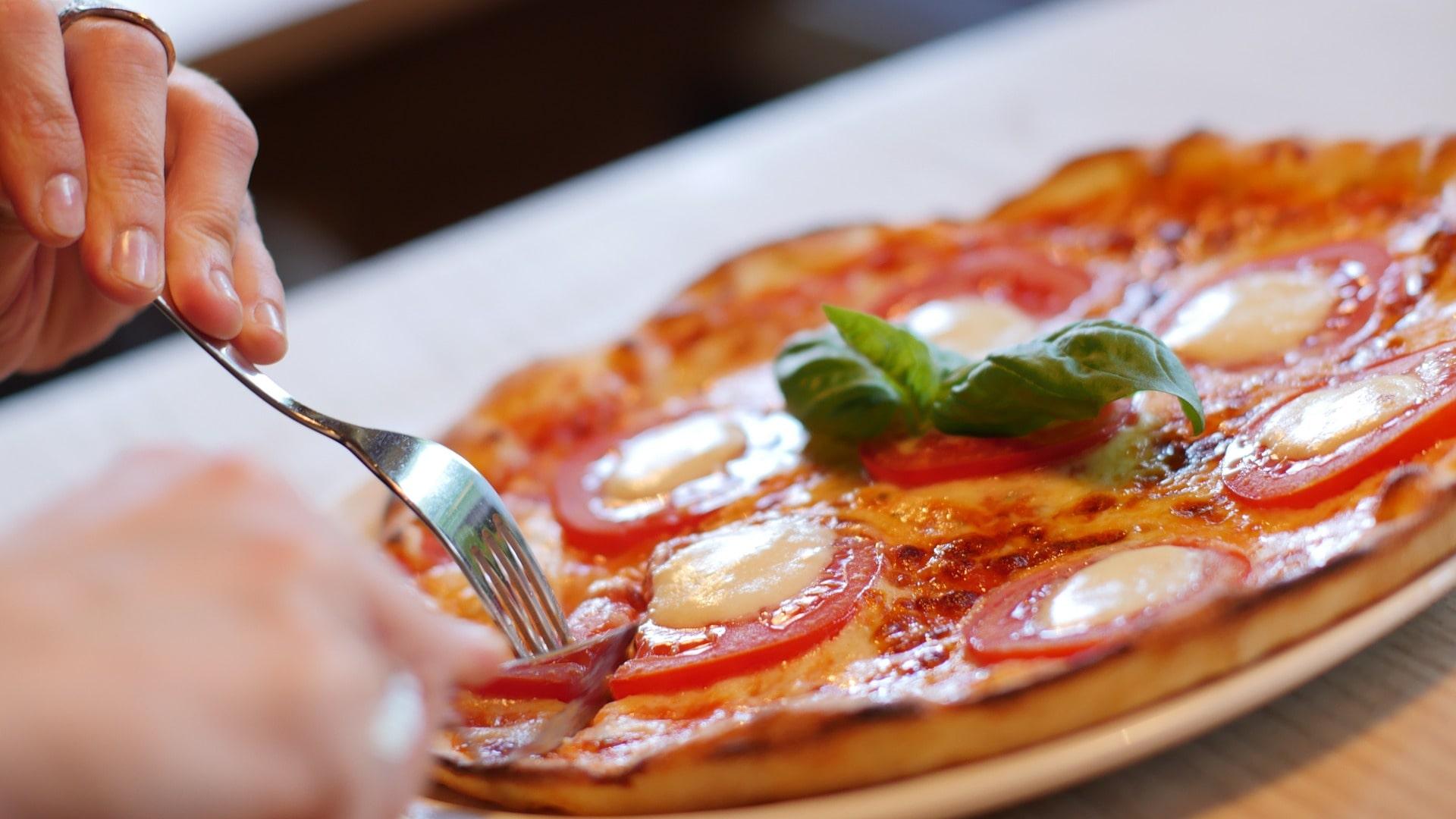 Пицца в ресторане
