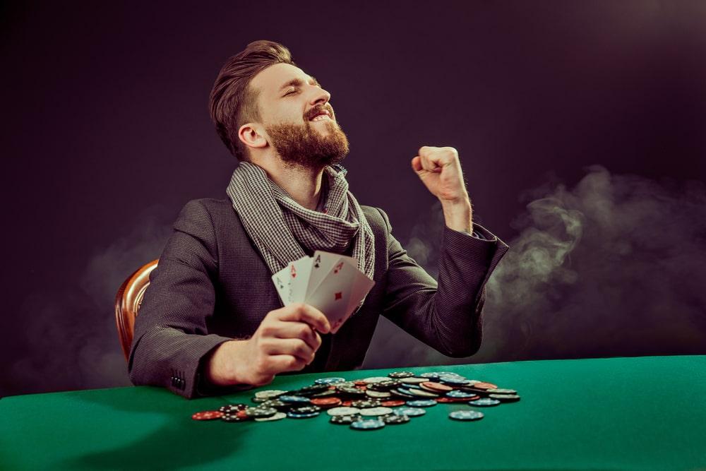 Удача в покере