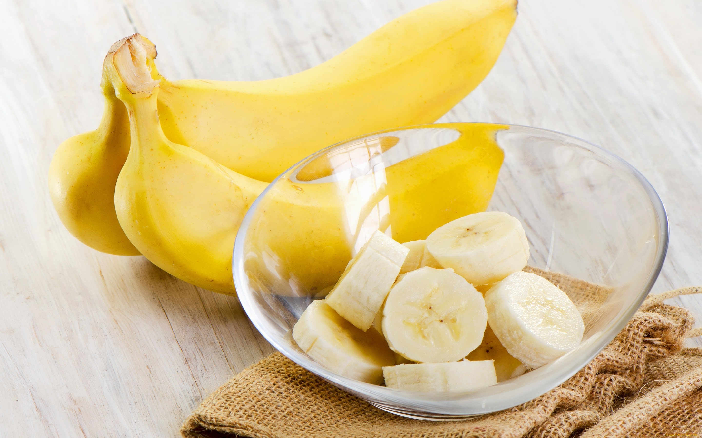 Банан кусочками
